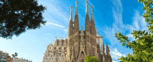 Espanha começará a receber turistas vacinados em junho